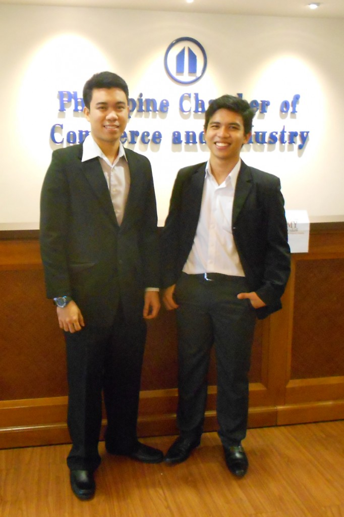 Rhey Joseph Daway and Kent Renier Carandang, UP Diliman Civil Engineering alumni and inventors, at the finals of the PCCI Alfredo M. Yao IP Awards last 29 September 2014. OVCRD file photo.