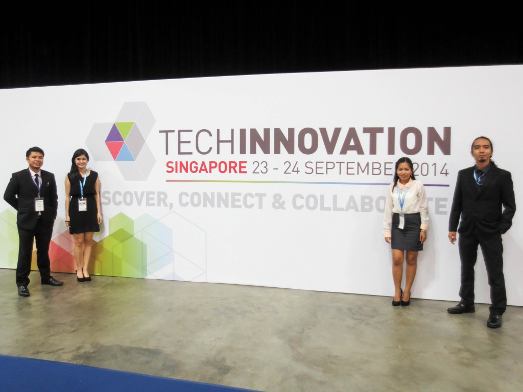 Team UP at TECHINNOVATION 2014 (L-R): Ace C. Acosta (UPD), Agnes May B. Bantigue (UPD), Perrose L. Comendador (UPLB), Dr. Gonzalo A. Campoamor II (UPD, OVCRD-RDUO Director)