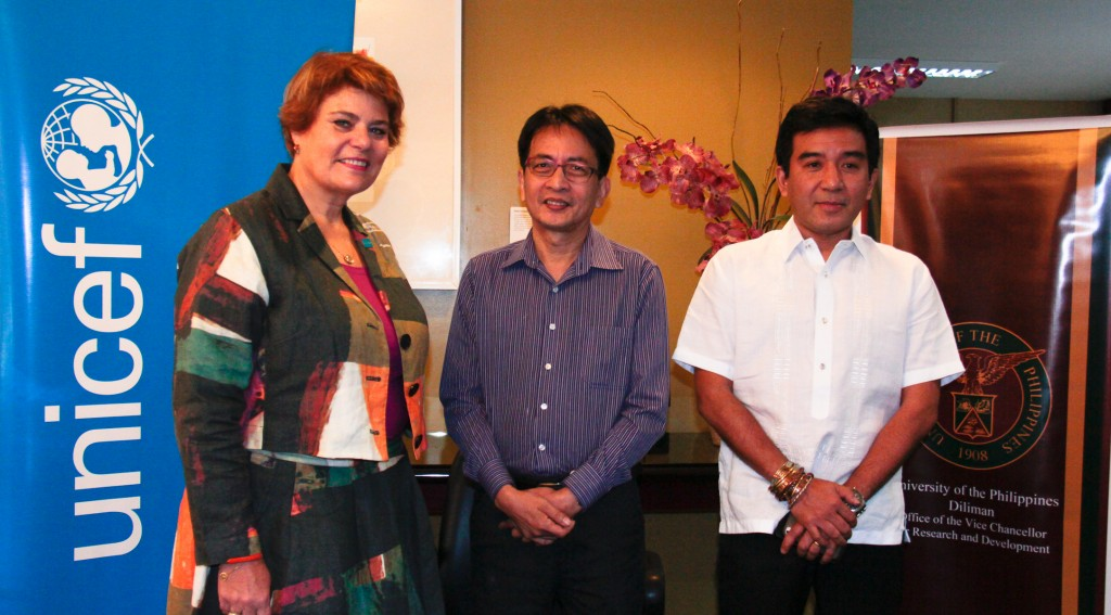 UNICEF Philippines Representative Ms. Lotta Sylwander, UP Diliman Chancellor Michael Tan, and UP Diliman Vice Chancellor for Research and Development Fidel Nemenzo during the MOA signing last 20 January 2015.